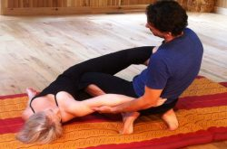 Intro To Thai Yoga Bodywork -Side-Lying Position (Mod 2)
